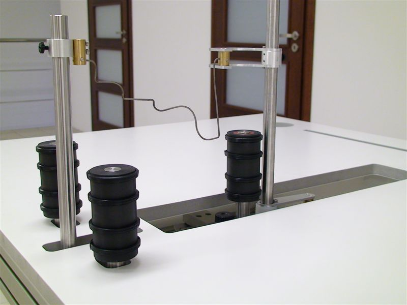 The Base and Arch foam cutter